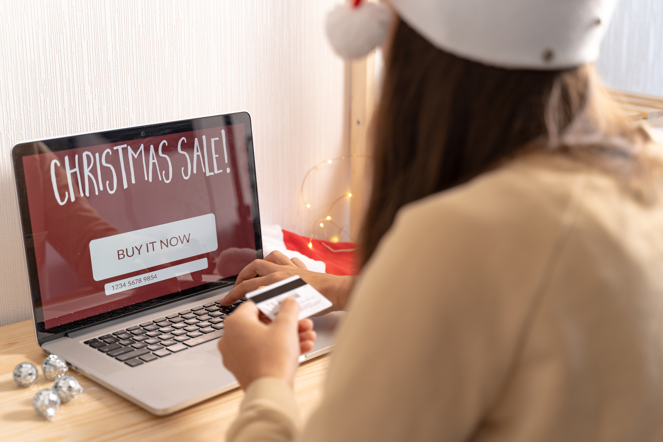 Watch Out for These Holiday Scams